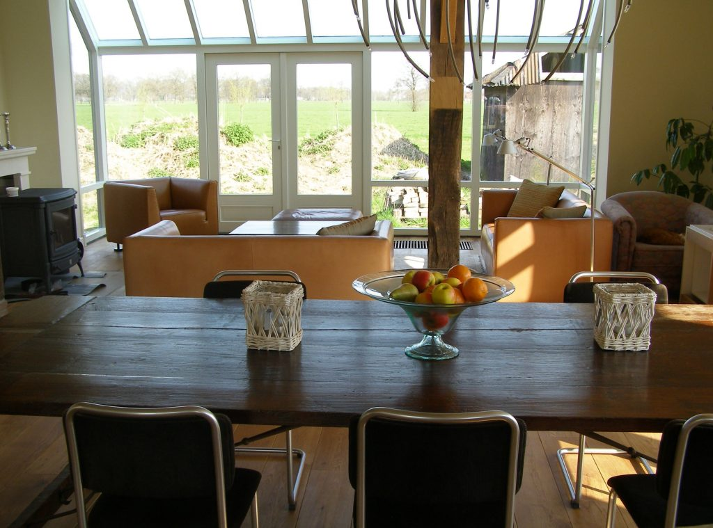 ecologisch bouwen, energiezuinig bouwen, luxe woonboerderij, woonkeuken